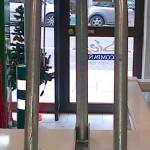 Cepos metálicos para aparcamientos