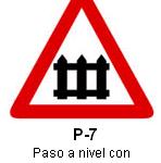 Señal P 7 paso a nivel con barreras